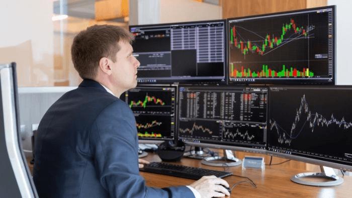トレーダー 投資家